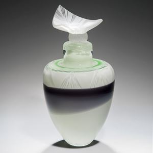 glass art of roman urn in white and black with green trim