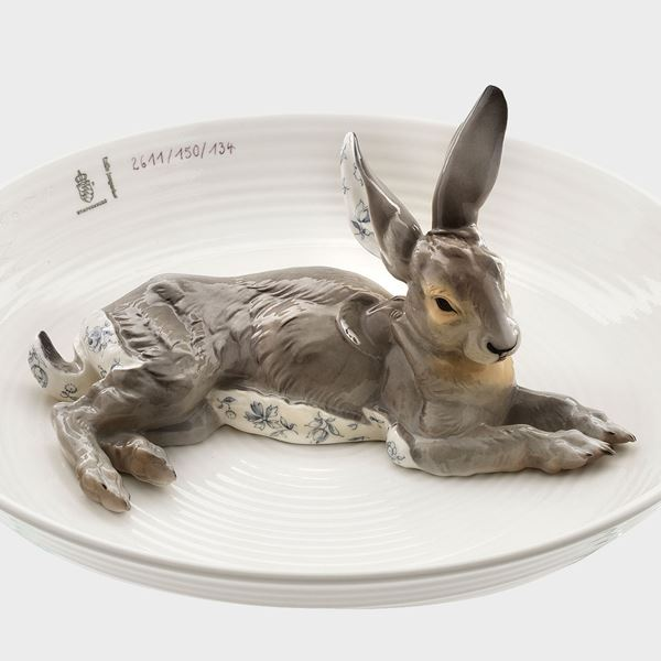 porcelain decorative art bowl with model of hare sat in centre