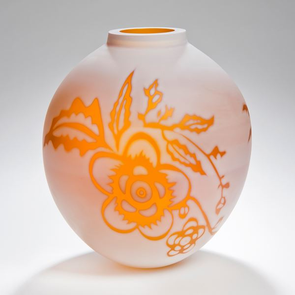 short round cameo glass vase in marble white with bright orange floral motif