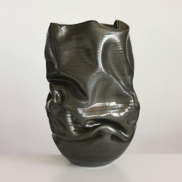 Black Crumpled Form No 18