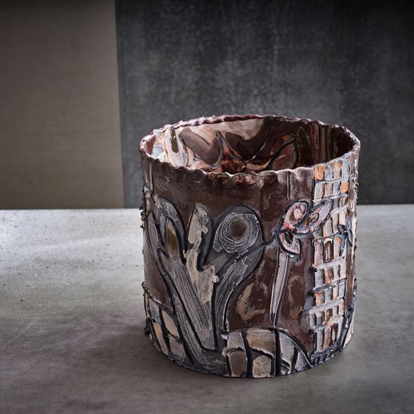 grey and brown earthenware contemporary ceramic sculptural centrepiece made from handcrafted clay