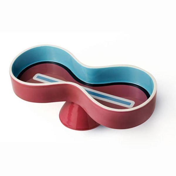 Symbolik: Red Bowl by Karim Rashid