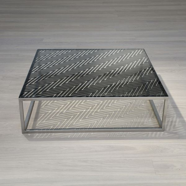 Zigzag Table