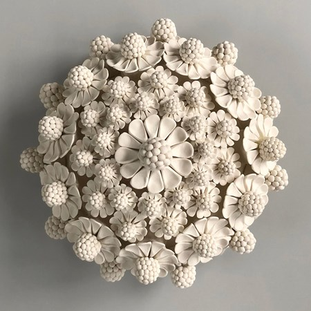 porcelain decorative ceramic sculpture of flowers